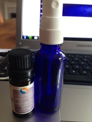 Clear negative Qi with Essential Oils