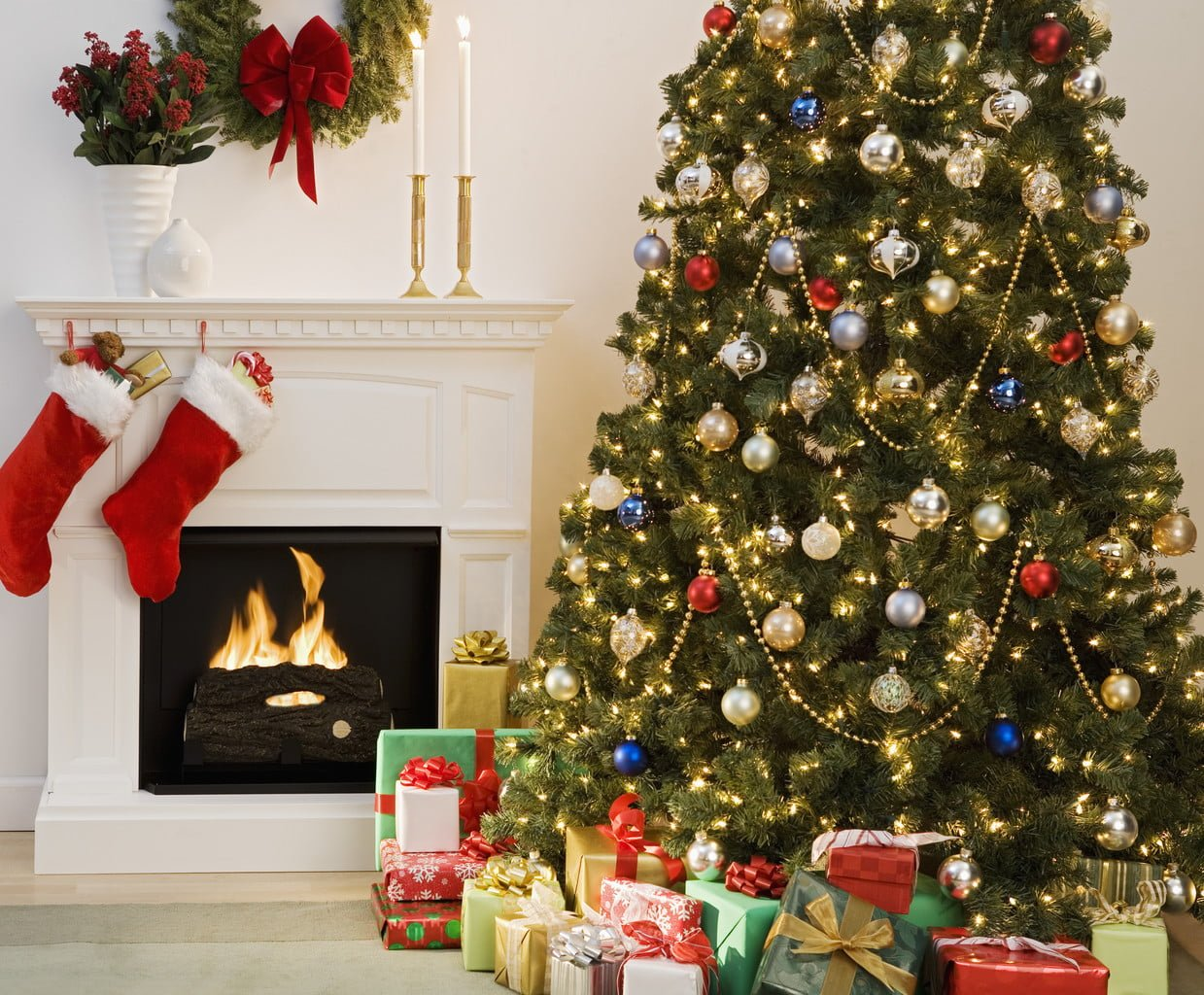 Where to place your Christmas tree in December 2014