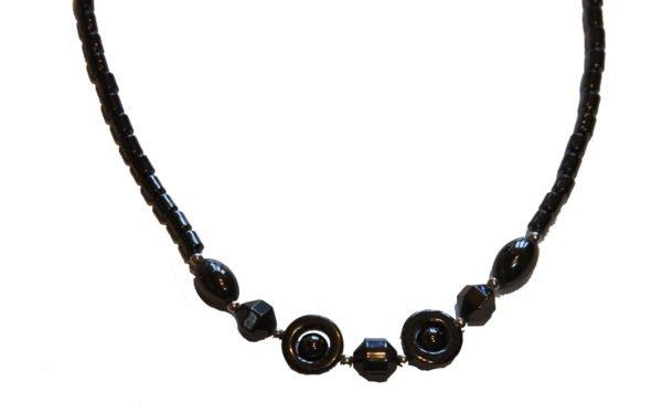 Hematite Crystal Necklace Circle